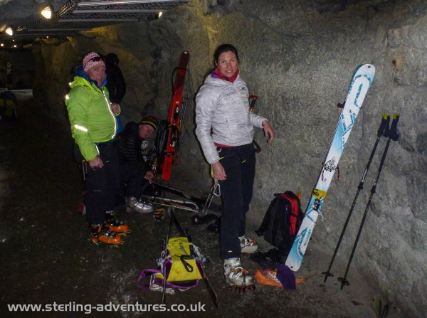 Getting ready in the tunnel of the Aiguille du Midi lift station