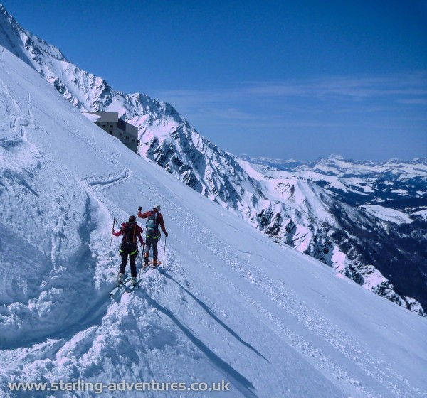 Traversing from the Plan de l'Aiguille towards the Grand Mulets hut